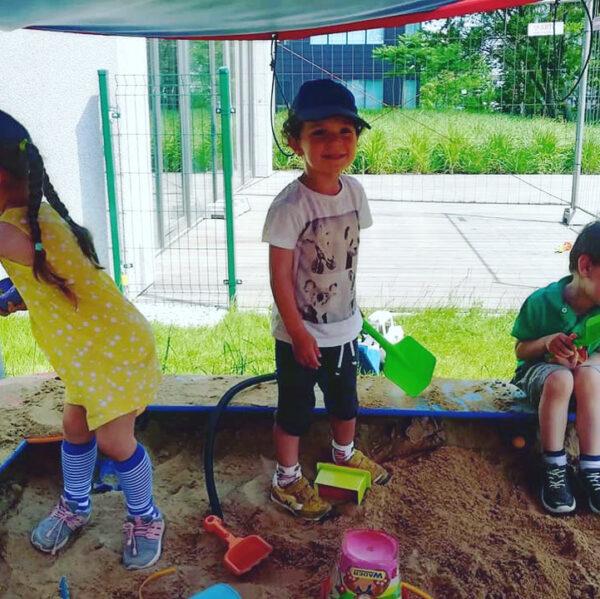 Placyk 3 Happy Kids Academy Postępu